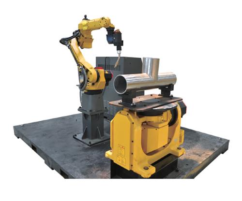 2 管道焊接机器人 Fig.1 3 LL 2 Pipeline Welding Robot