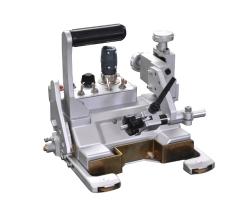 二氧化碳自动焊接小车